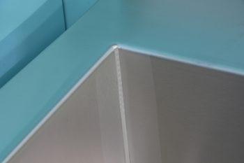 HE371-Edelstahl-Hygiene-Werkraumbecken-wandhaengend-Innere-Beckenschweißnaht2