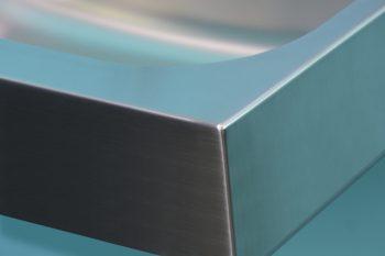 HE105544AUHL Edelstahl-Waschtisch-Geometrik-Kantenverarbeitung