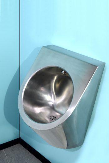 600003 Edelstahl Urinal Steel Bull wassergespült